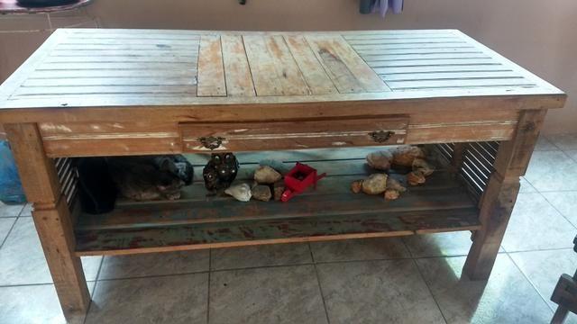 Mesa rustica! troco por sofa bom estado - Foto 3