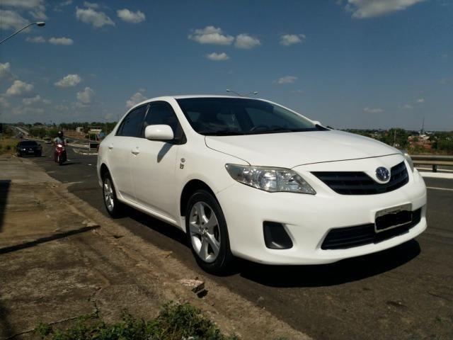 Vende-se Corolla GLi 1.8 2013/2014 - Foto 11