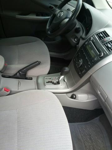 Vendo Toyota Corolla automático 1.8 gli 2010 - Foto 4