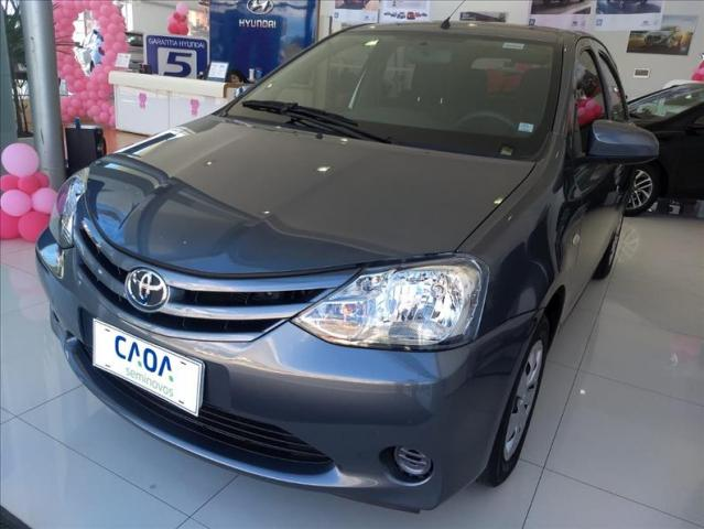 Toyota Etios 1.3 x 16v - Foto 8