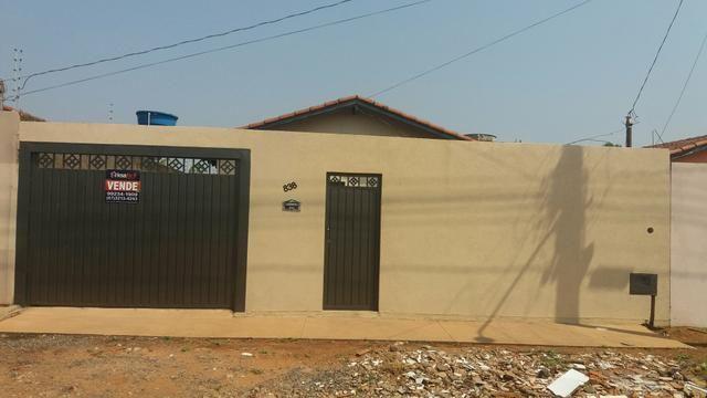 Casa com dois quartos sala cozinha e lavanderia coberta