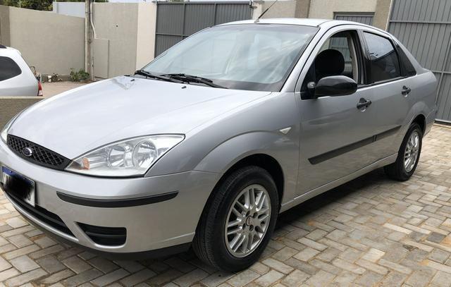Focus sedan 1.6 completo 2004 - Foto 2