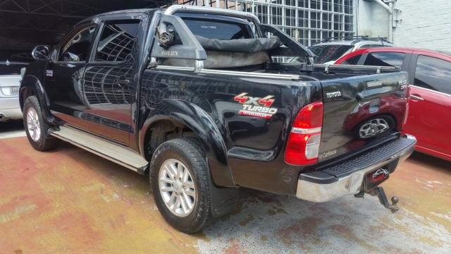 Toyota Hilux SRV D4-D 4x4 3.0 TDi Diesel Automática - Foto 9