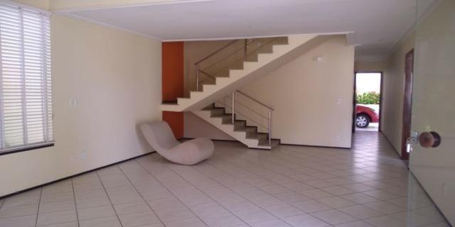Casa alugar no Calhau com 4 suítes - Foto 3