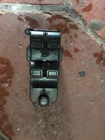 Conjunto botão vidro elétrico Honda Civic 2001 a 2006 com defeito Leia o anúncio