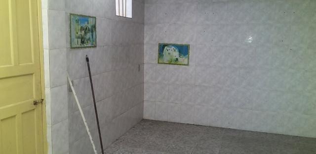 Casa livre em Alagoinhas na Rua Murilo Cavalcante, podendo construir. ampliar - Foto 16