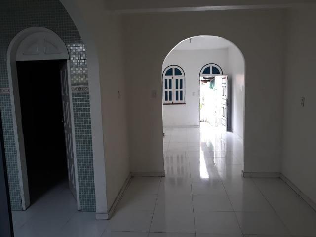 Alugo Casa no Parque 10 com 1 Quarto - Foto 4