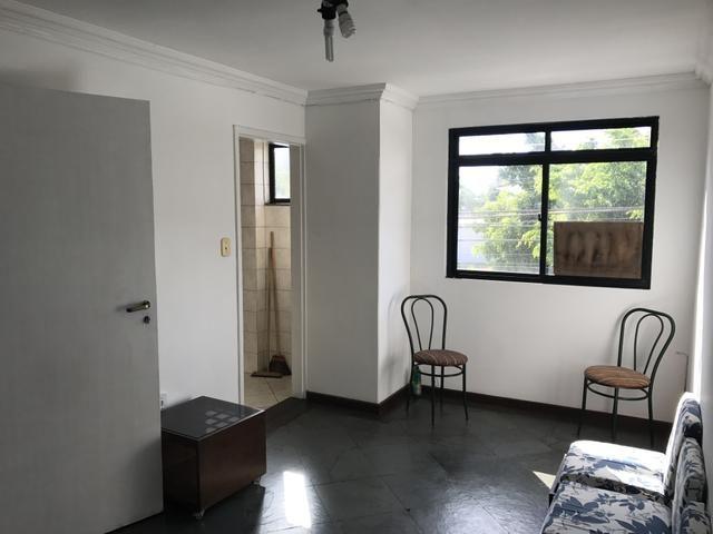 Centro 02 quartos, 02 banheiros, sem garagem. Próximo a Cidade das Crianças e UFF - Foto 2