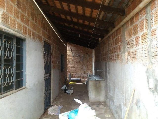 Vendo uma casa quitada na rua F23 Cidade Jardim Parauapebas PA - Foto 15