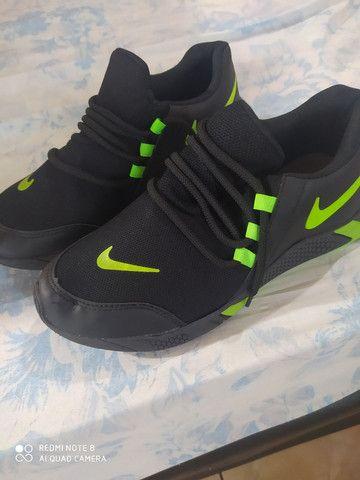Tênis Nike novo