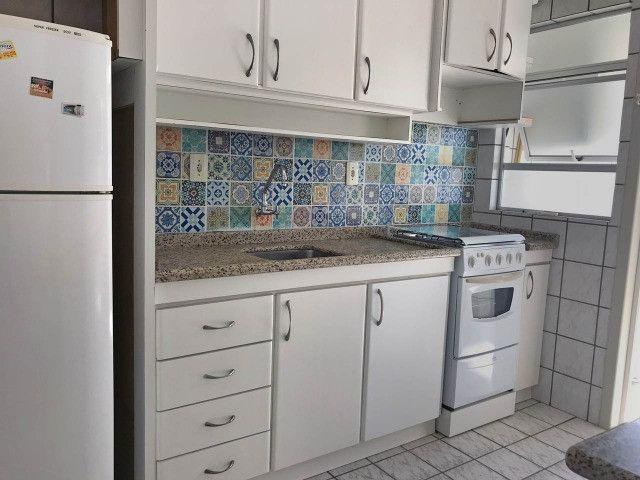 Aluguel apartamento mobiliado 2 dormitórios com garagem Itacorubi Florianópolis - Foto 7