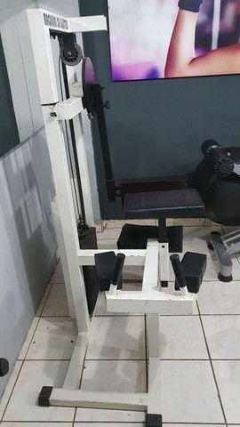 Maquina Glúteos 4 apoio - Foto 2