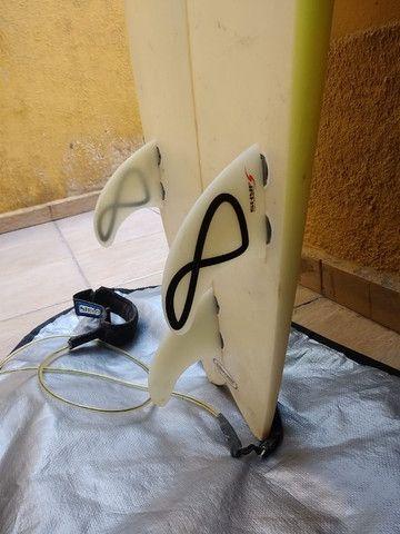 Prancha Zampol 6'2 com quilha + deck + lesh + capa - Foto 3