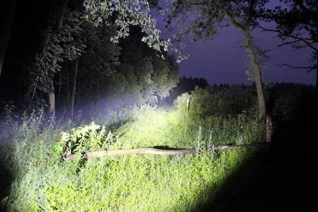Lanterna Tática Militar Original X900 128000w LED T6 - Imperium Informatica - Foto 3