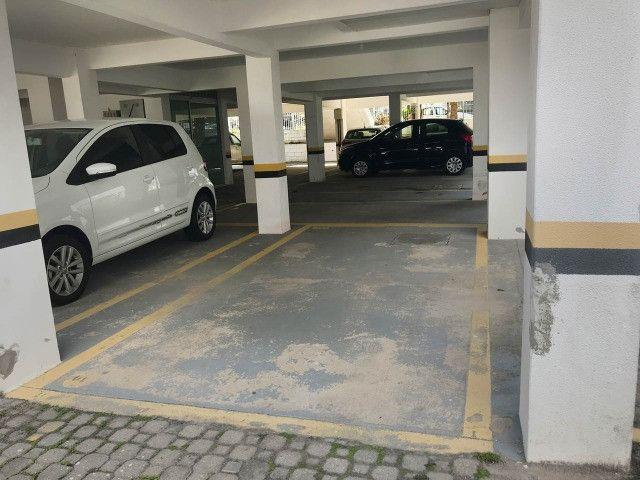 Aluguel apartamento mobiliado 2 dormitórios com garagem Itacorubi Florianópolis - Foto 17