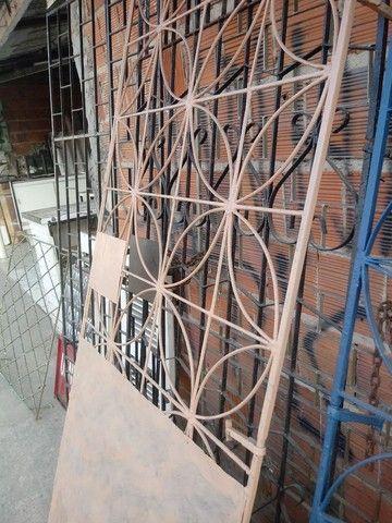 Portoes e grades pra janelas - Foto 4