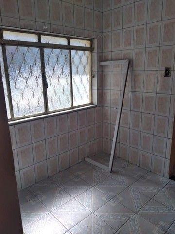 Alugo Apartamento Térreo na Assis Ribeiro em Barra do Piraí. - Foto 7