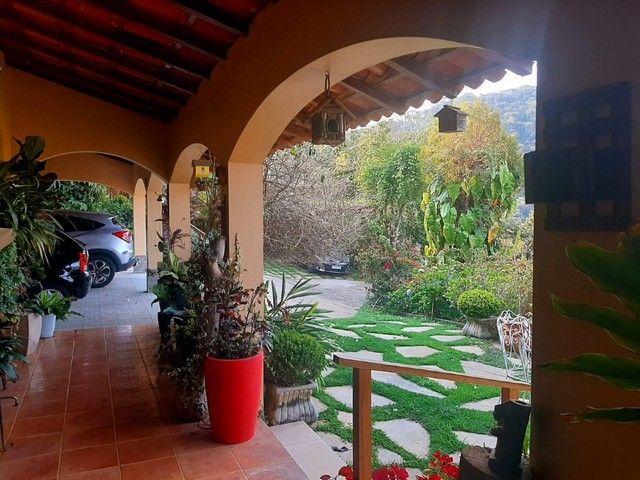 Casa com 5 dormitórios, 270 m², R$ 1.000.000,00 - Albuquerque- Teresópolis/RJ. - Foto 3