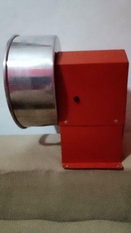 Ralador de côco elétrico - Novo  - Foto 2