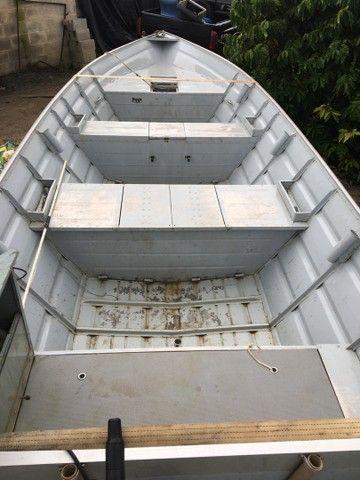 Barco com motor 40HP  - Foto 5