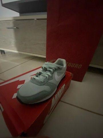 Tênis Nike casual feminino tamanho 36 NOVO - Foto 2