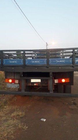Vendo caminhão Mercedes 11.13  - Foto 3