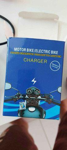 Carregador USB esqueiro para moto