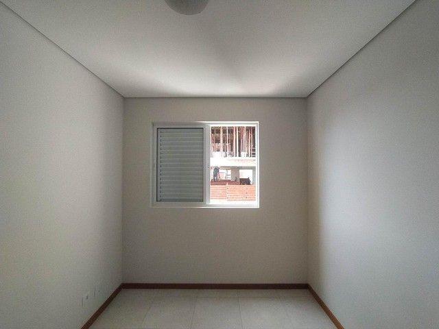 Locação   Apartamento com 86.87 m², 3 dormitório(s), 2 vaga(s). Vila Cleópatra, Maringá - Foto 11