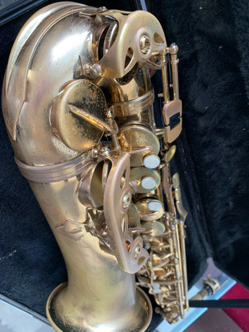 Vendo Saxofone Dourado - Foto 2