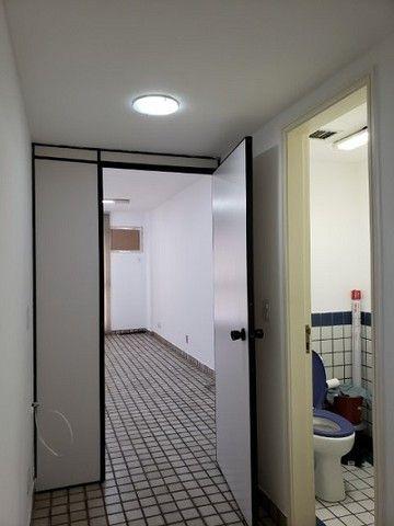 Ótima sala com luminárias e piso cerâmico de 29m² no Maracanã. - Foto 3