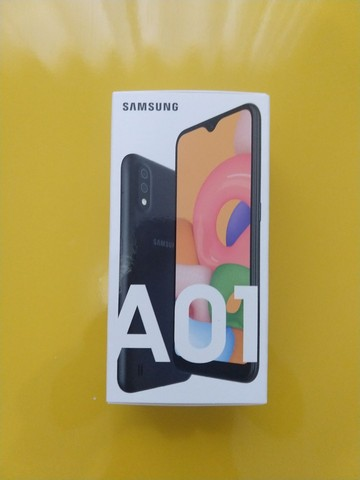 Samsung A01 - 5,7 - 32GB - 2RAM - Câmera dupla (não é a CORE)