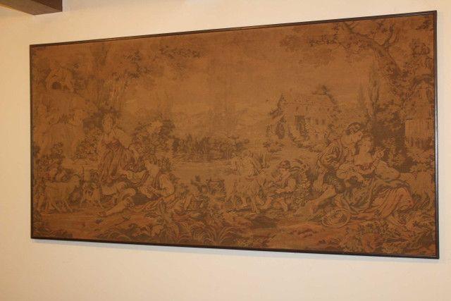 Quadro Tapeçaria / Tapete de parede / Gobelin / em Tecido Bege 103 cm x  203 cm x  3 cm - Foto 2