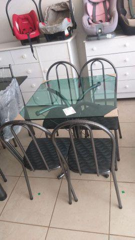 Oferta!Mesas de pedra e madeira com 04 ou 06 cadeiras  - Foto 6