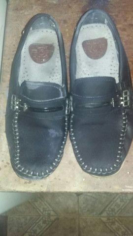 Sapato marca na pegada - Foto 2