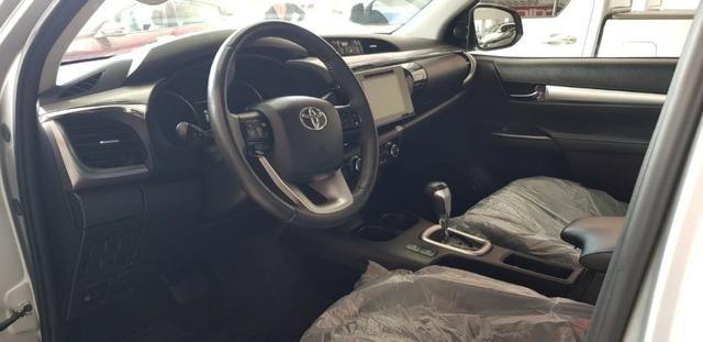 Toyota Hilux Cd Srx 2.8 Turbo 4x4 2017 - Foto 9