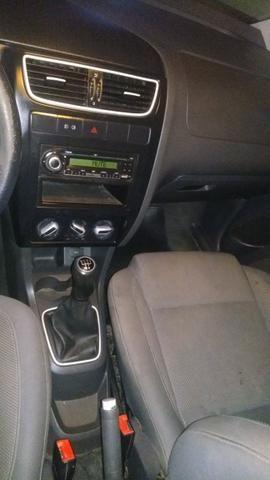 Fox 2010 PARTICULAR, carro com computador de bordo e completo de acessórios - Foto 4