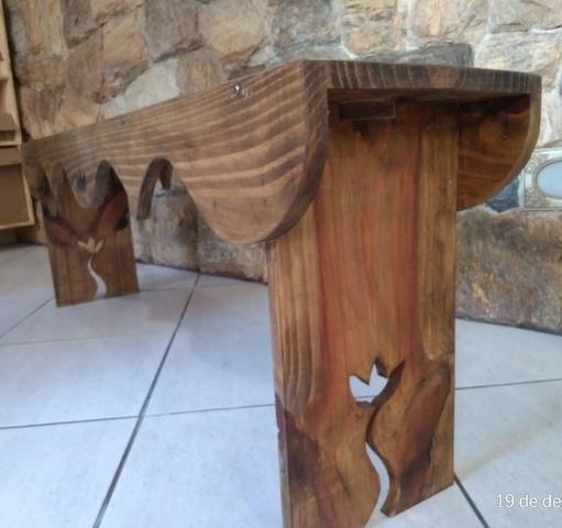 Banco para varanda, em madeira maciça