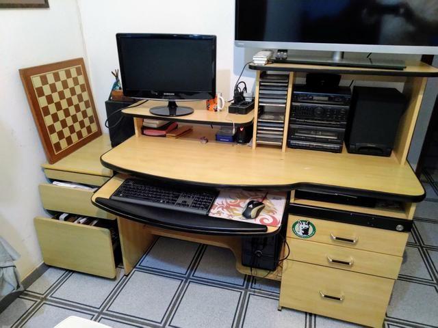 Mesa de escritório com gaveteiro extra