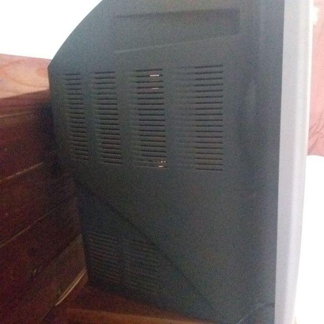 01 TV 29' polegadas CCE + 01 Controle com pilhas. - Foto 4