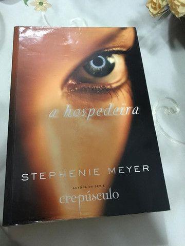 Livro - A Hospedeira - Stephanie Meyer