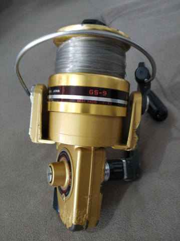 Molinete Daiwa GS 9 Gold ( usado).