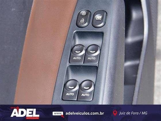 HB20 2015/2016 1.6 PREMIUM 16V FLEX 4P AUTOMÁTICO - Foto 6