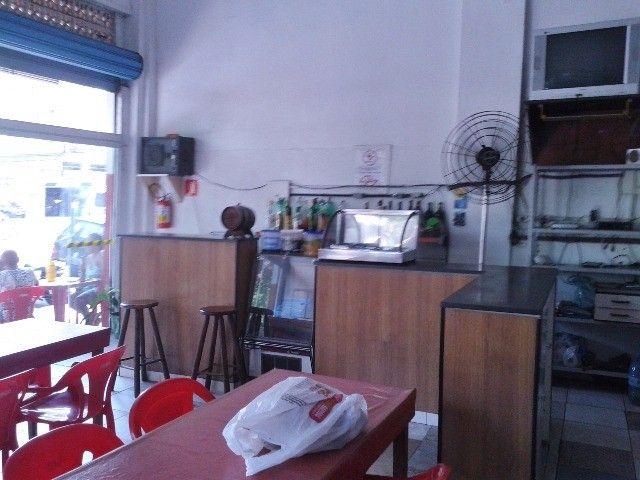 Vendo/alugo loja de esquina com amplo mezanino no centro de São Vicente/SP - Foto 4