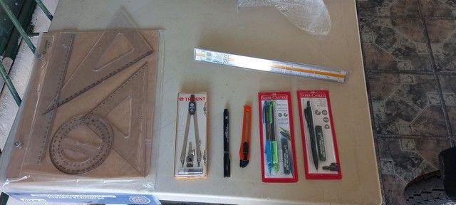 Kit de desenho técnico