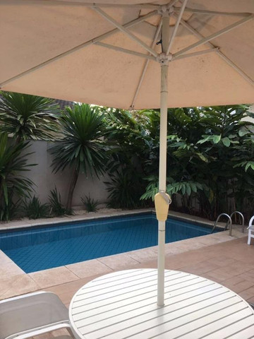 Damha III - casa com 4 dormitórios e piscina!