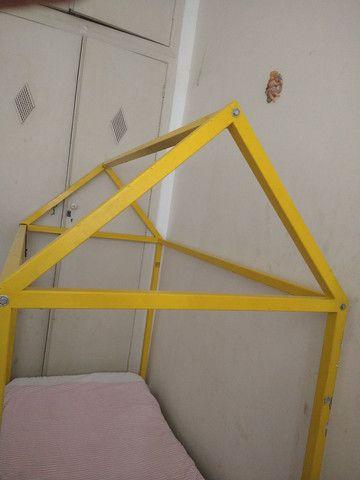 Cama casinha montesoriana de ferro - Foto 4