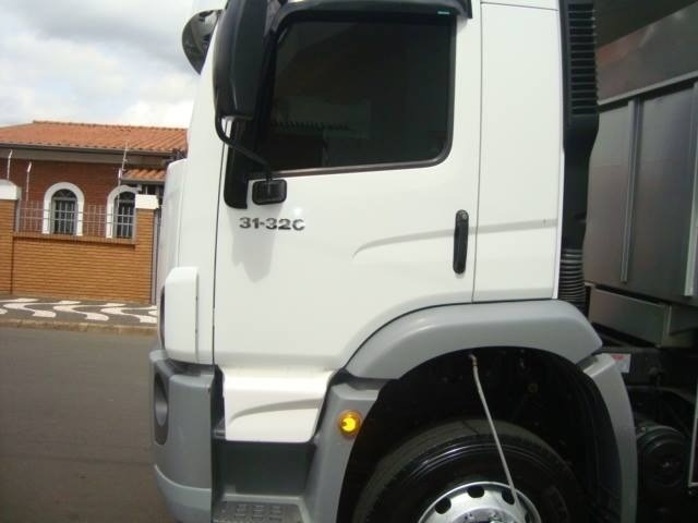 Caminhão Vw 31-320 6X4 Caçamba 2010 - Foto 3