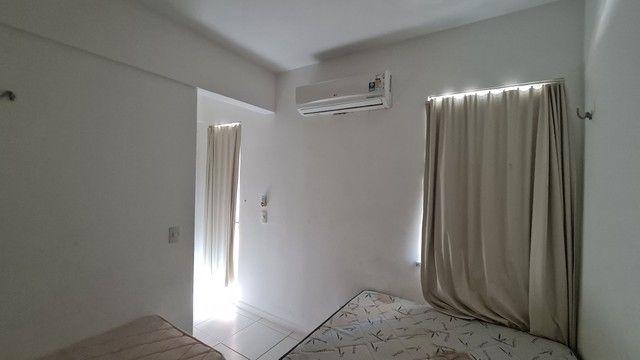 Apartamento para venda possui 113 metros quadrados com 3 quartos em Porto das Dunas - Aqui - Foto 13