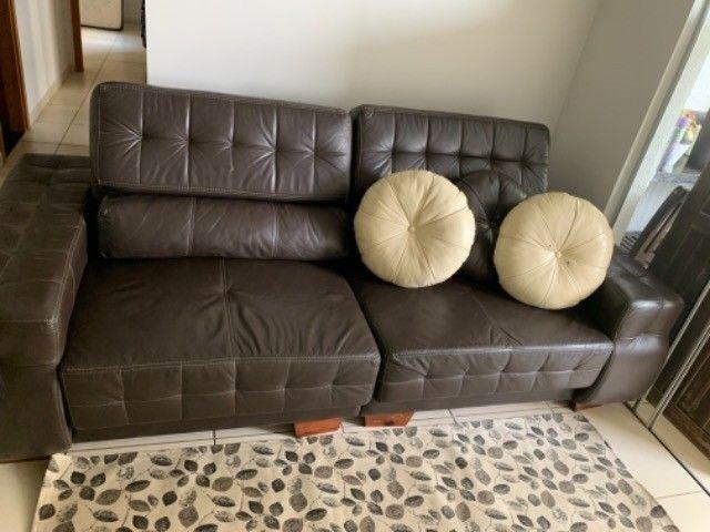 Sofá retrátil de couro natural