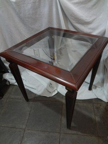 Mesa de canto antiga